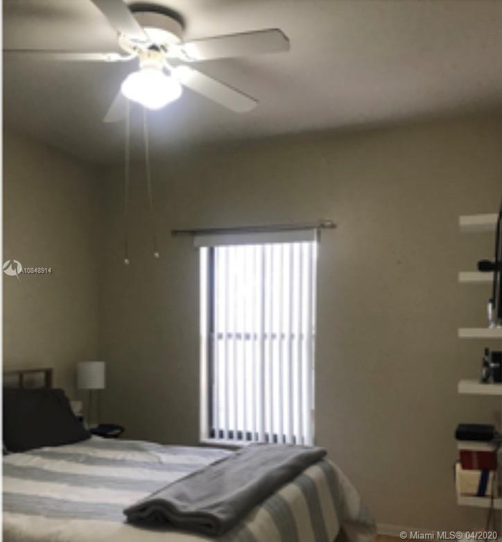 790 SW 158th Way HOLLYWOOD, FL