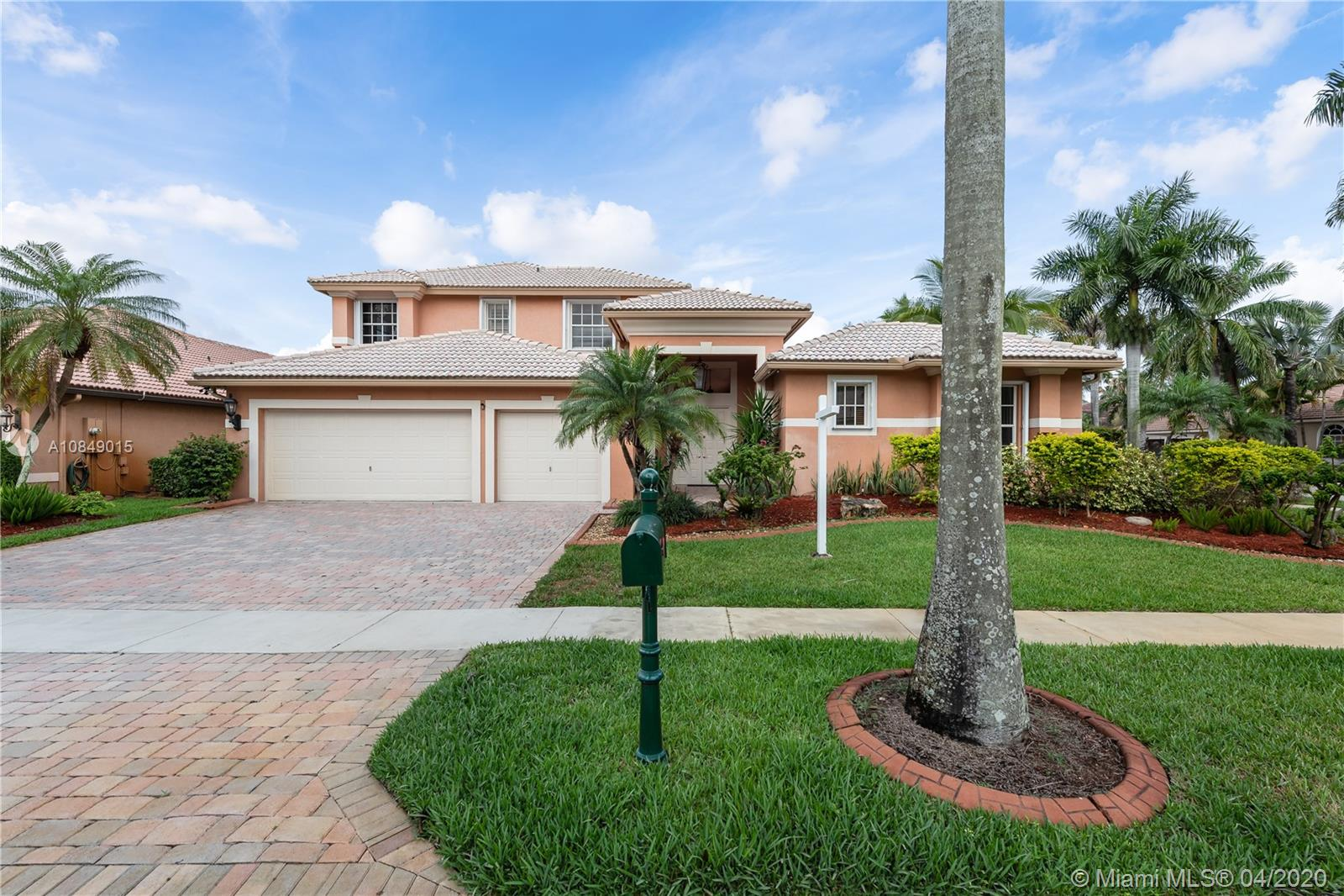 18526 SW 41st St, Miramar, Florida 7 Bedroom as one of Homes & Land Real Estate