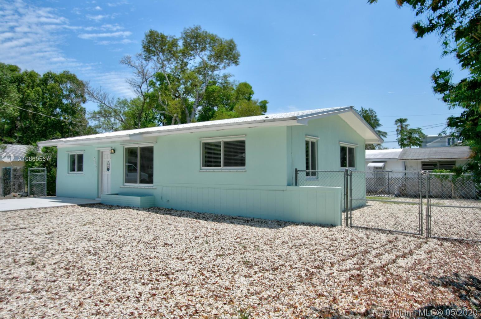 982 Oleander Rd, Key Largo in Monroe County County, FL 33037 Home for Sale