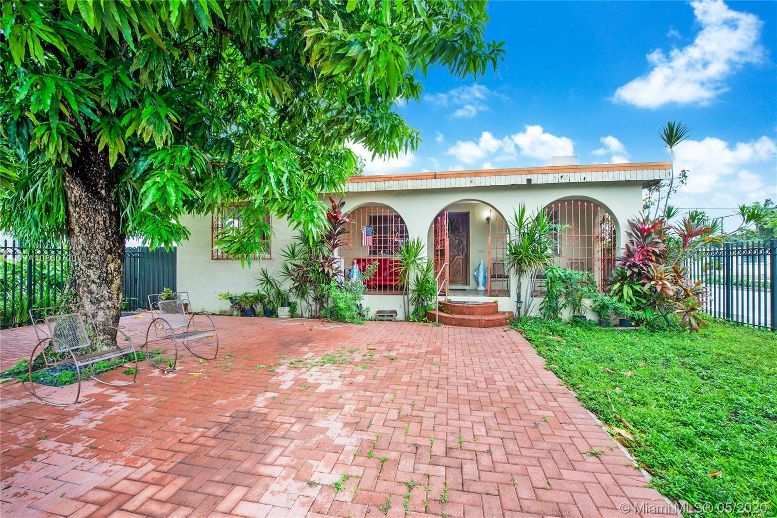1698 SW 15th St, Coral Gables in Miami-dade County County, FL 33145 Home for Sale