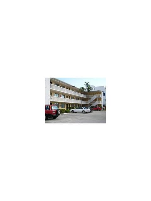 1120 102nd St # 19, Bay Harbor Islands, FL 33154