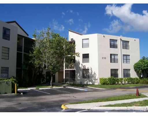 210 Lake Pointe Dr 210, Oakland Park, FL 33309