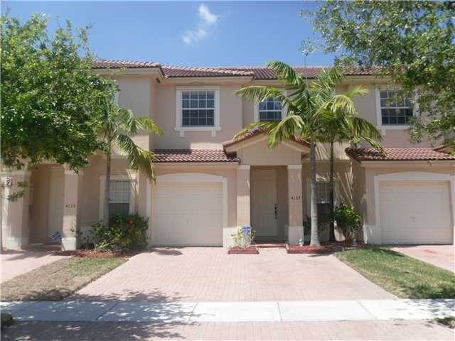 4137 Ne 26th St, Homestead, FL 33033