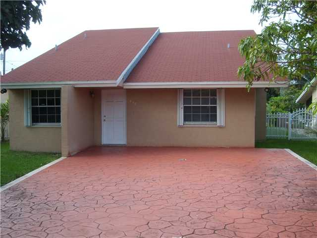 437 Nw 13th St, Homestead, FL 33030