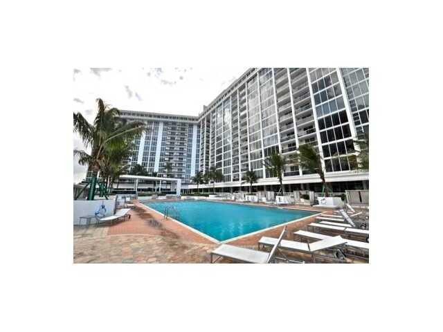 10275 Collins Ave # 206, Bal Harbour, FL 33154
