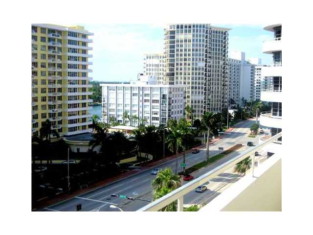 5555 Collins Ave # 10V, Miami Beach, FL 33140