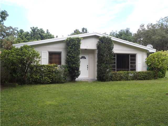 7255 Sw 167th St, Palmetto Bay, FL 33157