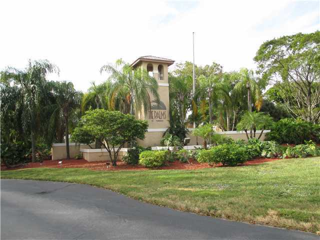 9491 Palm Way, Pembroke Pines, FL 33025
