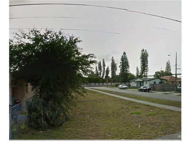 3185 Nw 43rd St, Miami, FL 33142