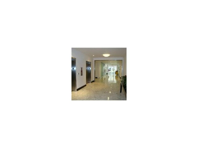 1200 West Ave # 318, Miami Beach, FL 33139