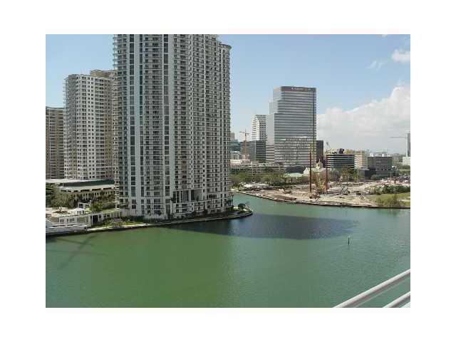 325 S Biscayne Bl # 1123, Miami, FL 33131
