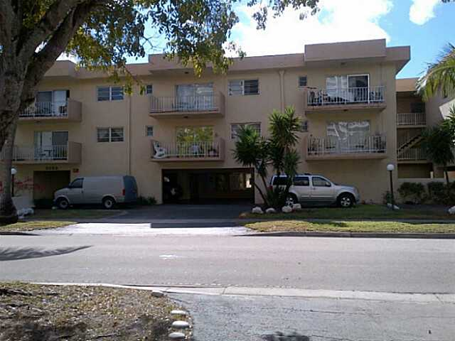 3522 Ne 171 St # 305, North Miami Beach, FL 33160
