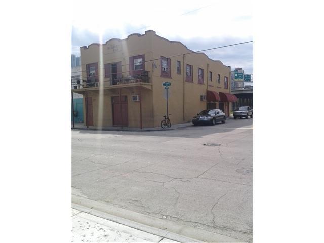 130 Nw 14th St, Miami, FL 33136