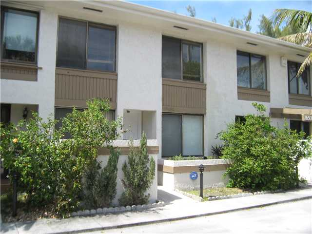 16498 NE 26 Ave # 12, North Miami Beach, FL 33160