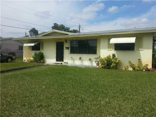 3801 Nw 184th St, Miami Gardens, FL 33055
