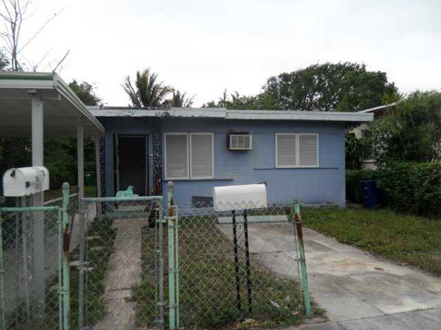 1128 NW 76th St, Miami, FL 33150