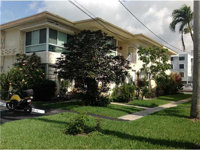 3721 NE 170 St # 4, North Miami Beach, FL 33160