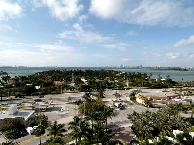 7900 Harbor Island Dr # 1111, North Bay Village, FL 33141
