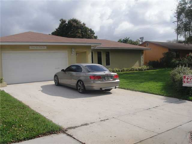 2591 SW 16th St, Fort Lauderdale, FL 33312
