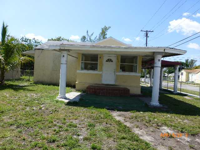 790 NW 65th St, Miami, FL 33150