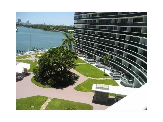 900 Bay Dr # 225, Miami Beach, FL 33141
