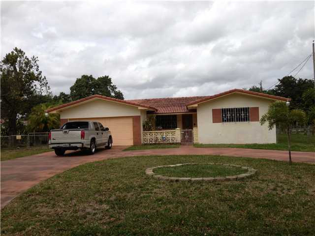 185 NW 139th St, Miami, FL 33168
