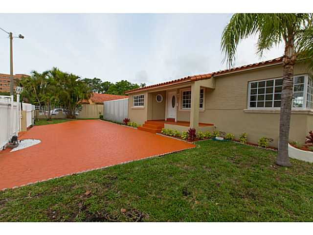 3601 Sw 26th St, Miami, FL 33133