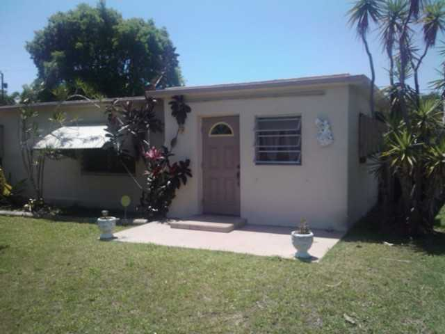 15312 Garfield Dr, Homestead, FL 33033