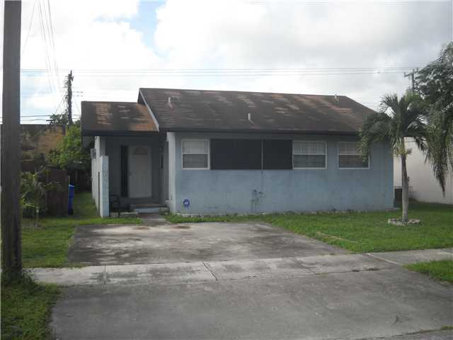 5735 Wiley St, Hollywood, FL 33023