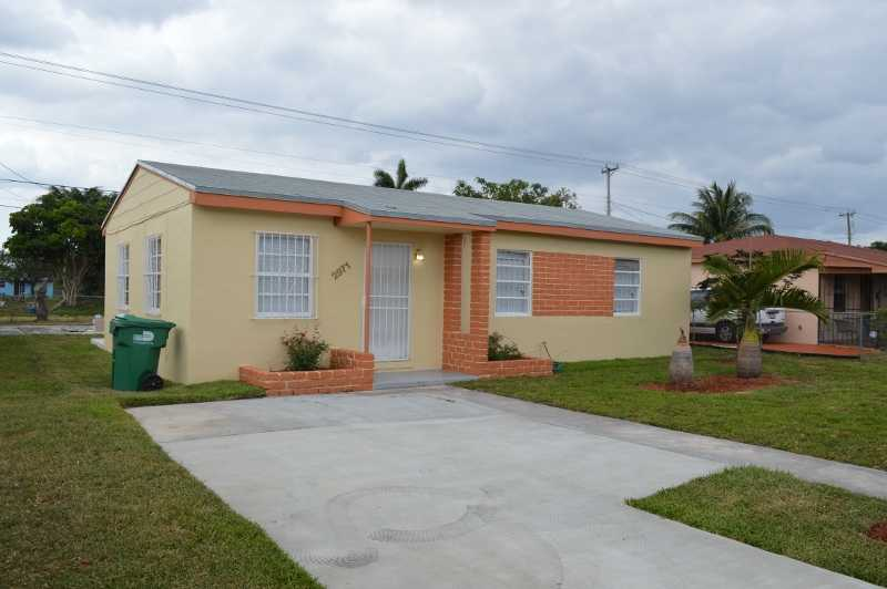 2971 NW 154th Ter, Opa-Locka, FL 33054