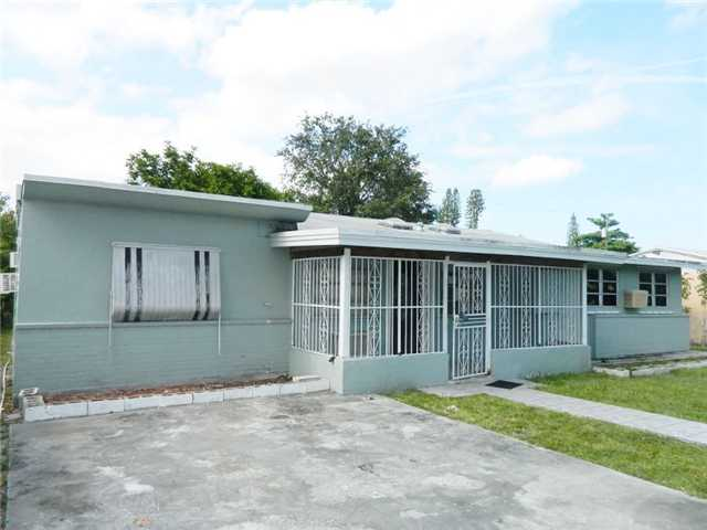 1417 Nw 99th St, Miami, FL 33147