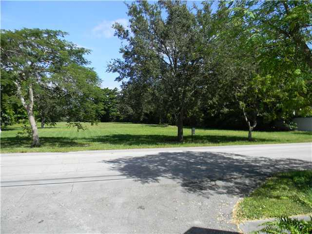 7499 SW 124th St, Miami, FL 33156