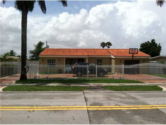 9831 Sw 48th St, Miami, FL 33165