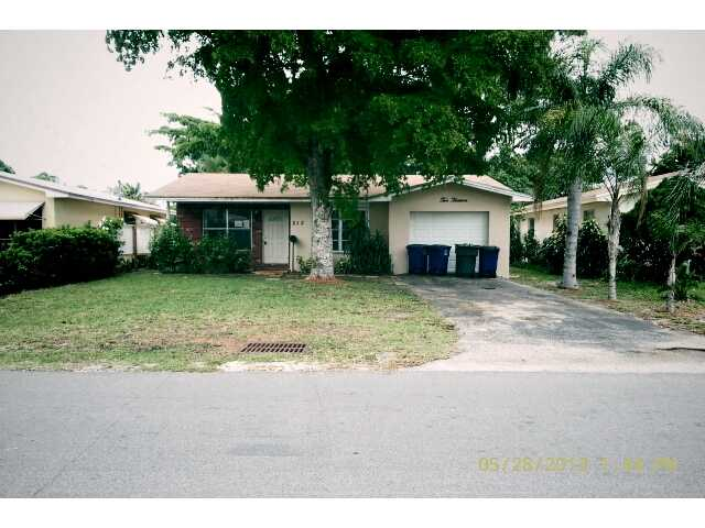 213 SW 2nd Ave, Hallandale, FL 33009