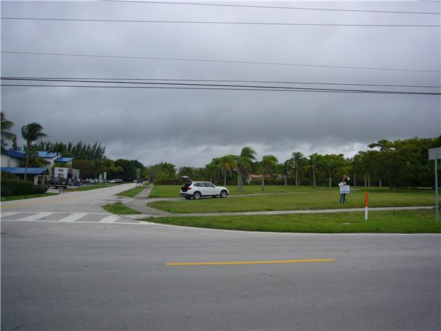 3.05 acres in Miami, Florida