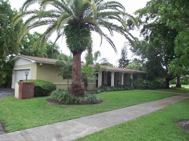 8305 SW 160th St, Miami, FL 33157