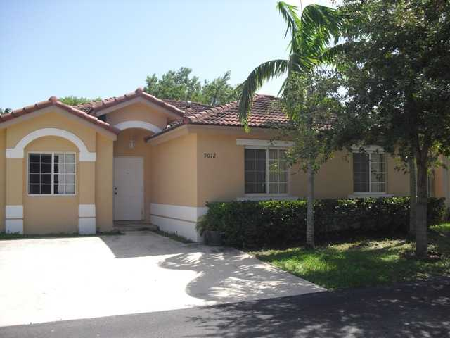 9012 Sw 214th St, Cutler Bay, FL 33189