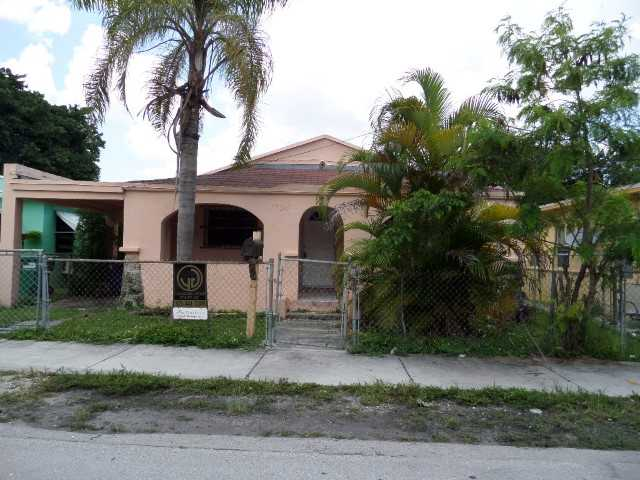 1735 NW 69th St, Miami, FL 33147