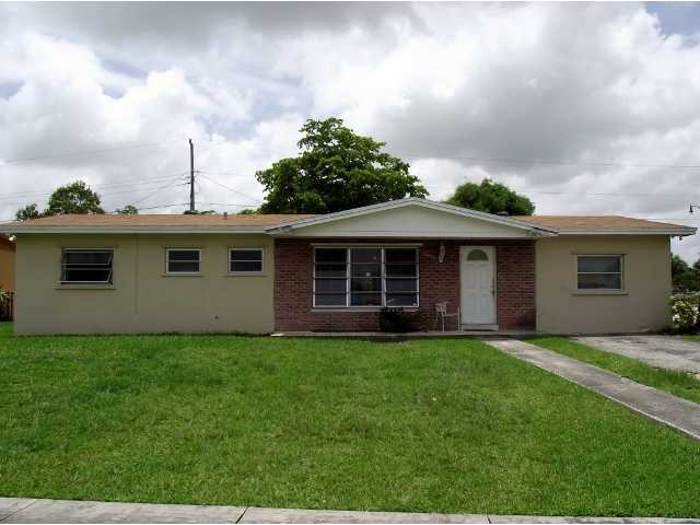 15700 SW 106th Ave, Miami, FL 33157
