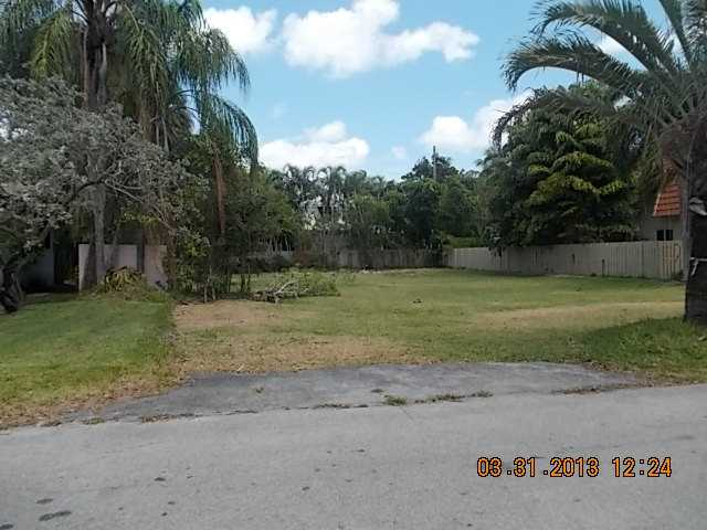 1275 NE 94th St, Miami Shores, FL 33138