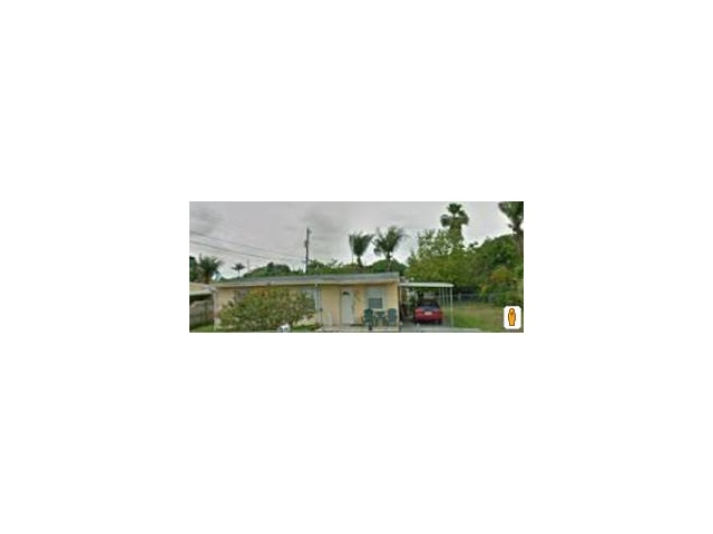 3890 W 2nd Ct, Hialeah, FL 33012