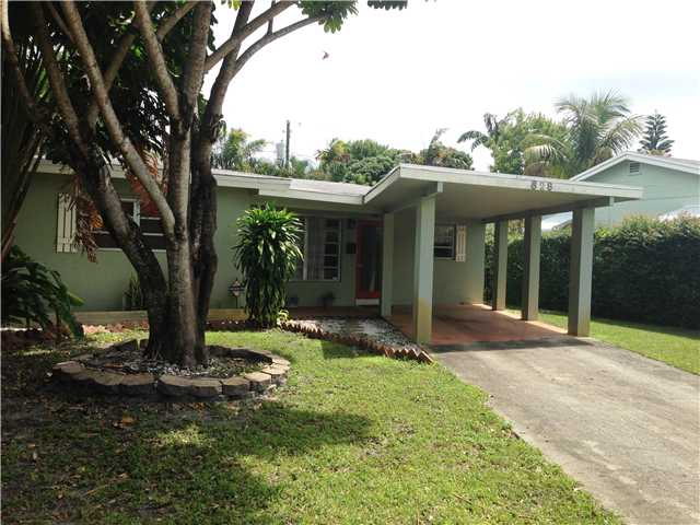 828 Ne 17th Ct, Fort Lauderdale, FL 33305