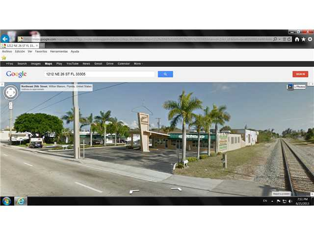 Ne 26th St, Fort Lauderdale, FL 33305