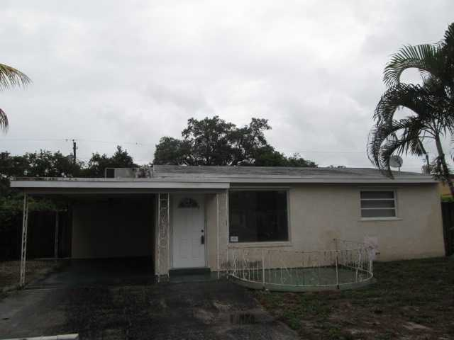 6751 Atlanta St, Hollywood, FL 33024