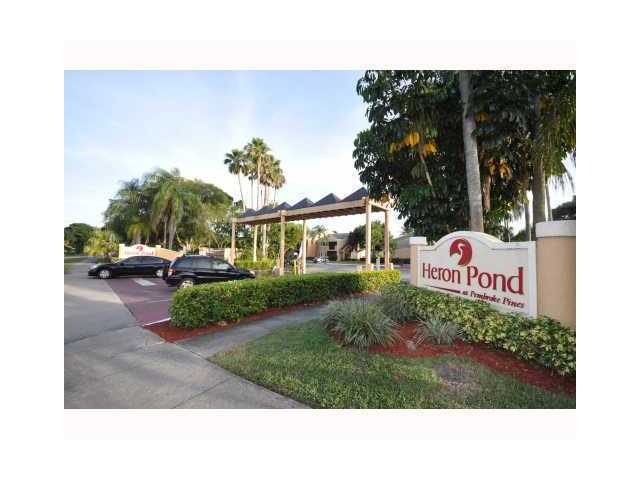 8343 Sw 5th St # 104, Pembroke Pines, FL 33025