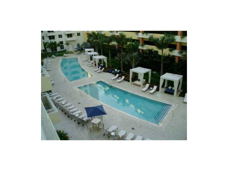 2775 NE 187 St # 526, Miami, FL 33180