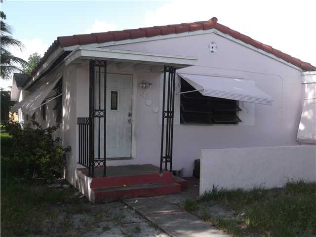 400 NW 129th St, North Miami, FL 33168