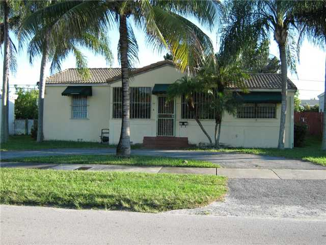 4420 Sw 4th St, Coral Gables, FL 33134