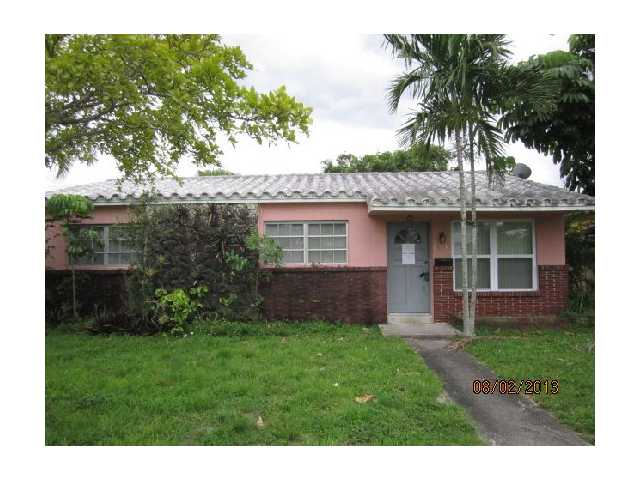 2410 Coolidge St, Hollywood, FL 33020