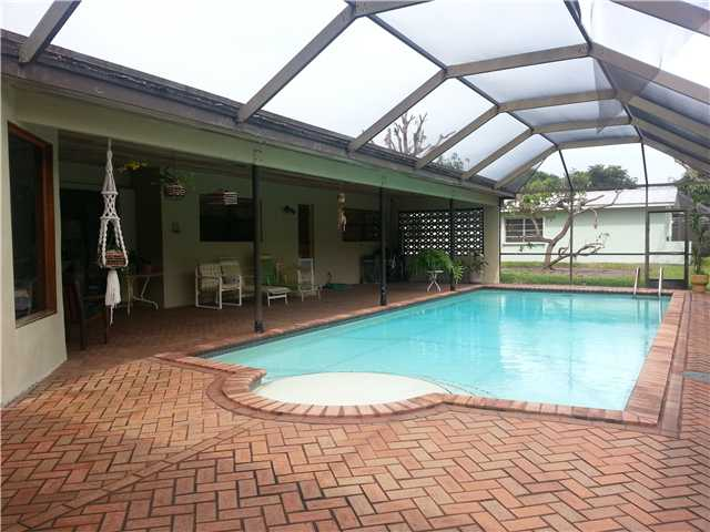 8220 Sw 148th Dr, Village Of Palmetto Bay, FL 33158